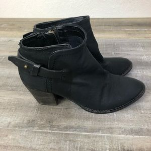 Dolce Vita Black Ankle Boots Size 6.5